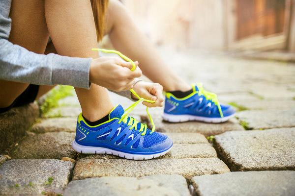 เลือกซื้อรองเท้าวิ่งอย่างไรให้เหมาะกับตัวเอง