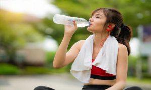 Read more about the article การออกกำลังกาย ควรดื่มน้ำแบบไหน